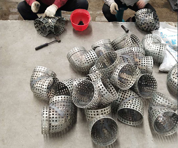 孔网钢带复合管管件